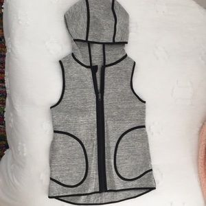 lululemon Reversible Luon Vest (Very Lightly Worn)
